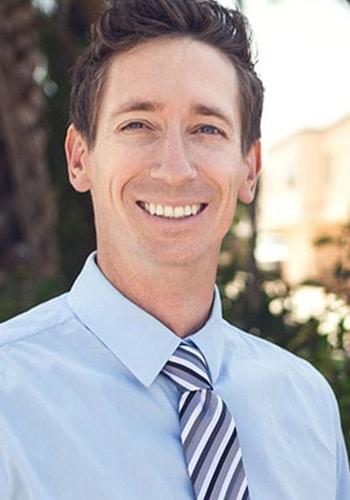 Chiropractor Carlsbad CA Jason Higgins
